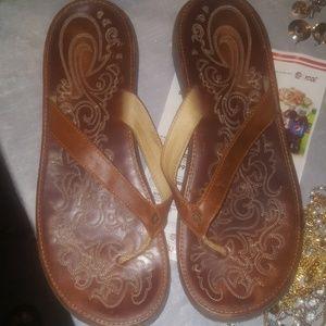 Women's sandals size 11